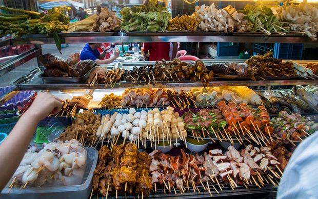 Những món ngon đường phố gây thương nhớ ở Yangon