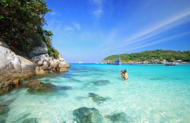 Du lịch biển cùng vé rẻ đi Phuket