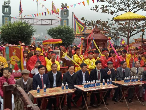Lễ hội Quang Trung khai mạc trịnh trọng