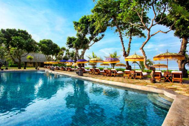 Cảnh biển vé máy bay đi Bali giá rẻ