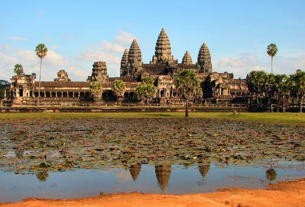 săn vé rẻ đi khám phá Angkor Wat