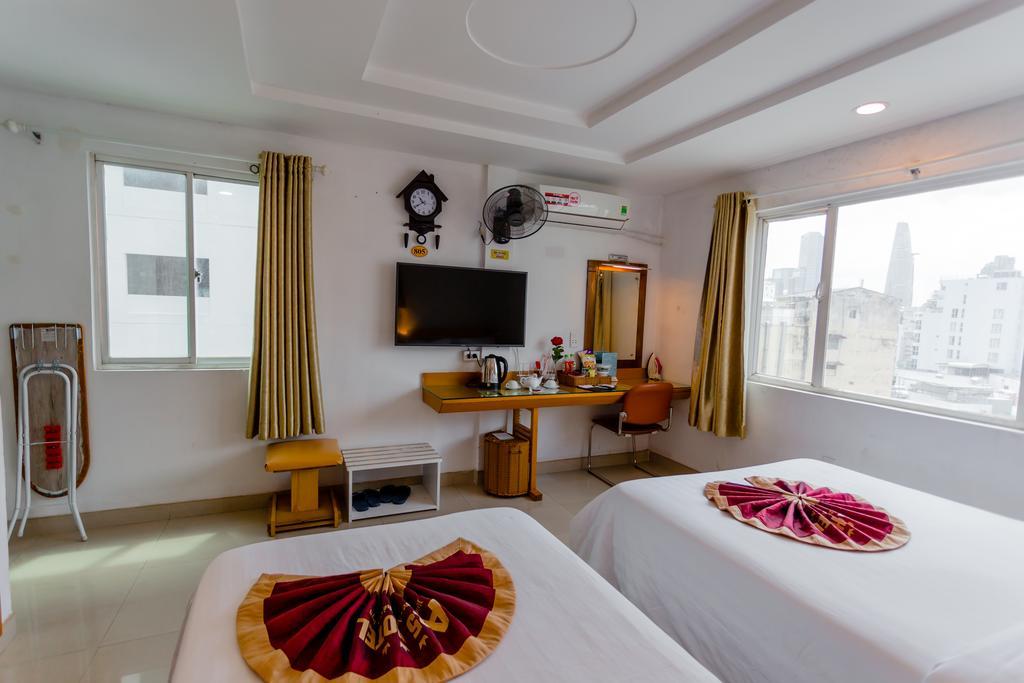 Phòng nghỉ tại khách sạn a25 13 bùi thị xuân